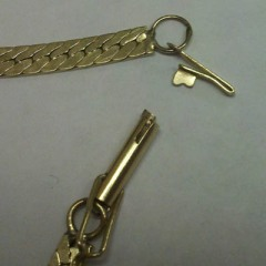Separated metal clasp