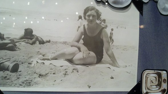 Iris Alfille on the Beach in Cannes in 1927. She has her stylish bob hair do too!