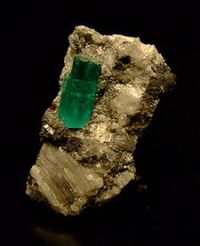 Emerald found in its natural state