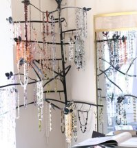 necklace-tree