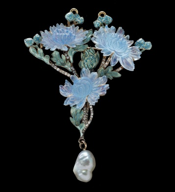 web_René_Lalique,_Chrysanthemum_Pendant_Brooch
